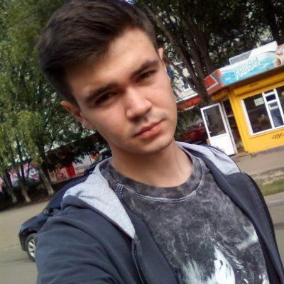 Денис Немудров